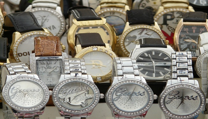 Tips and advice for buying an online watch