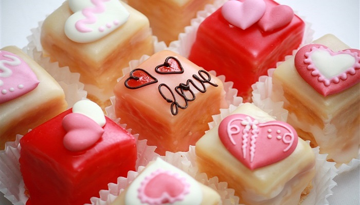 VALENTINE'S RECIPES 2017: MENUS AND TIPS FOR THE MOST ROMANTIC DINNER