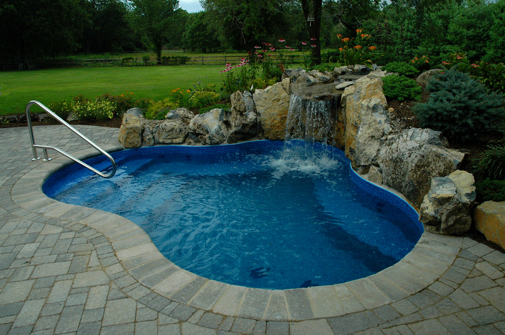 Why you need to check the bonding of your pool - Buzz This Now